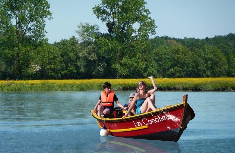 Les canotiers à Port-d'Envaux - 0