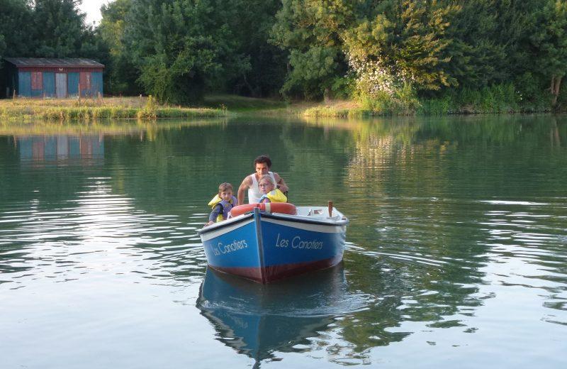Les canotiers à Port-d'Envaux - 2