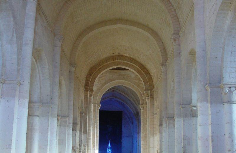 Abbaye de Saint Amant de Boixe à Saint-Amant-de-Boixe - 1