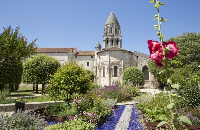 Abbaye aux Dames's garden à Saintes - 0