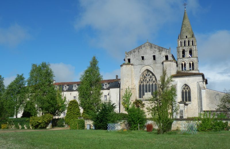 GUIDED TOUR – ABBEY – 1000 YEARS OF HISTORY à BASSAC - 0