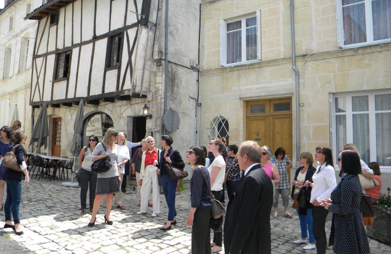 COGNAC, FROM THE MIDDLE AGES TO NOWADAYS à COGNAC - 1