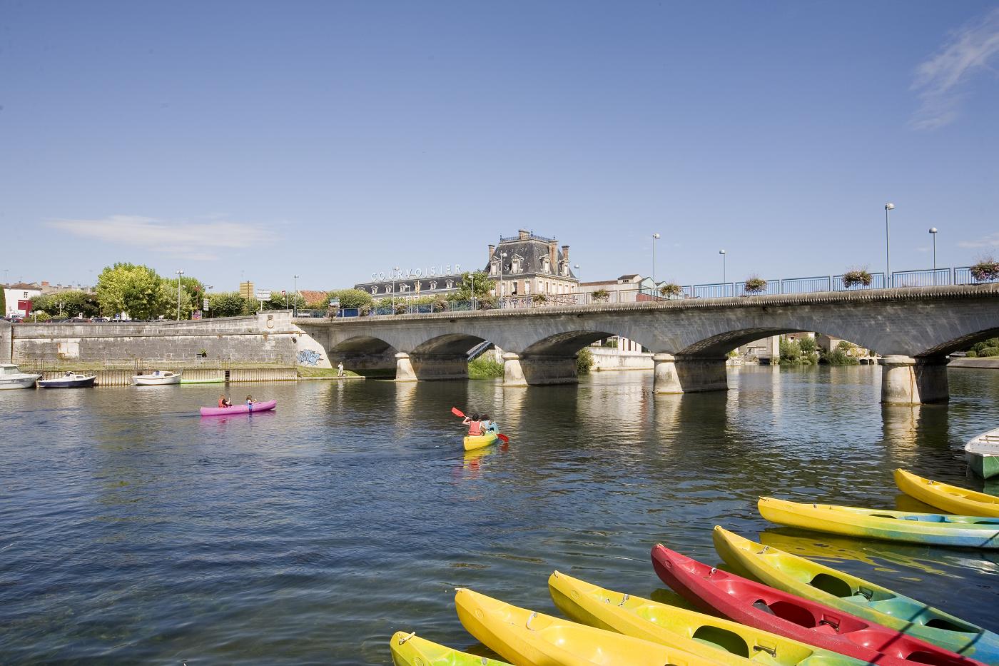 La charente le fleuve charente d 39 angoul me rochefort for Rochefort angouleme
