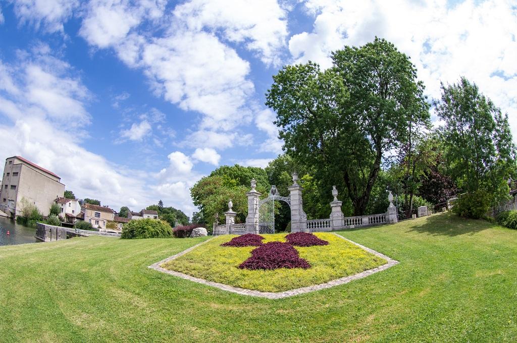 Le jardin public de Jarnac