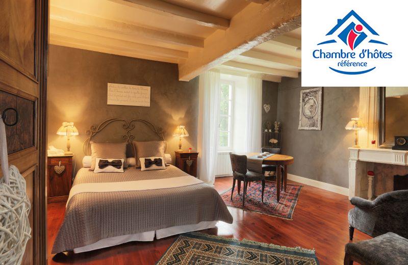 Chambres d'hôtes – La Cascade de Saintonge à Saint-Même-les-Carrières - 0
