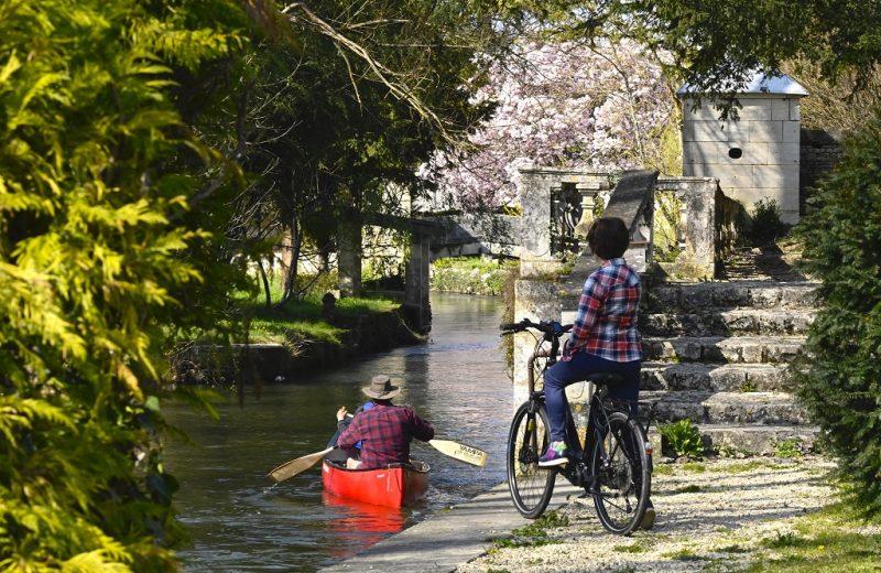 Canoë et Vélo-Cano Ouest Charente Outdoor à Jarnac - 1