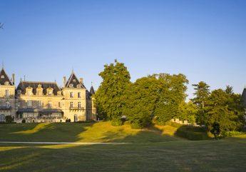 372029-chateau-de-mirambeau-hotel-exterieur-2018.jpg