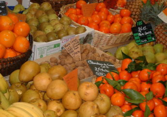 375738-etale-de-fruits-charente-tourisme-2.jpg