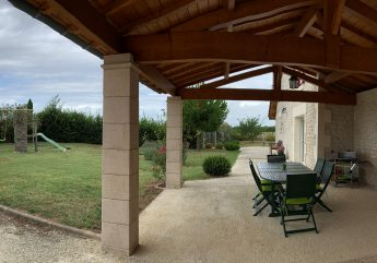 415955-Gite-Les-vignes-M-et-Mme-Dubuisson-Bellevigne-2020-9-.jpg