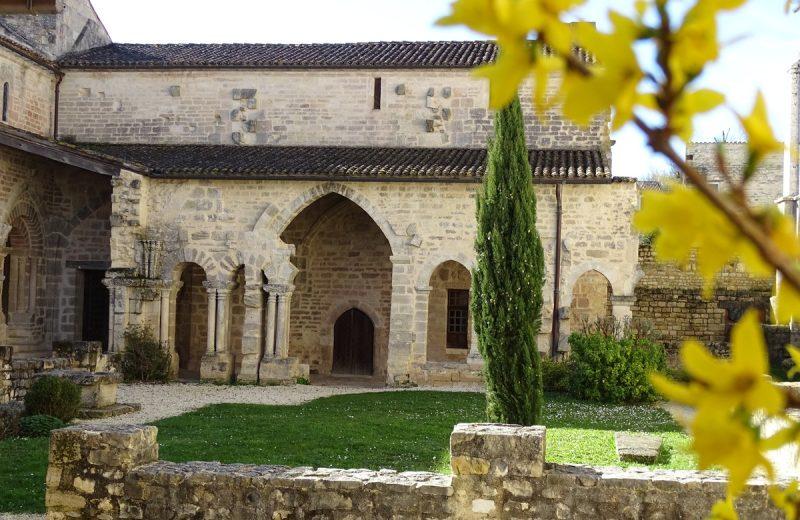 Espace d'Architecture Romane à Saint-Amant-de-Boixe - 2
