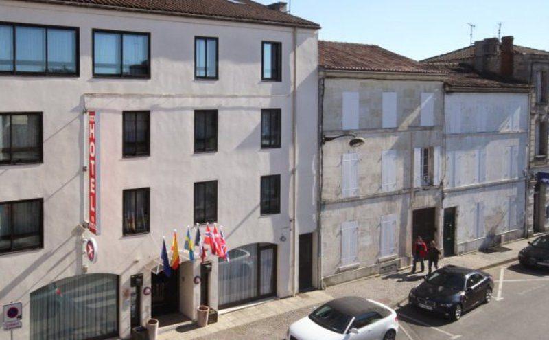 Hôtel Le Valois à Cognac - 0