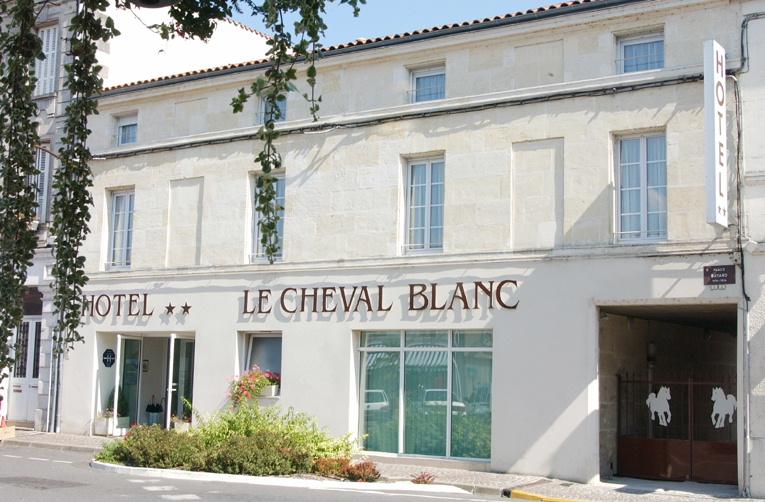 Hôtel Le Cheval Blanc à Cognac - 0