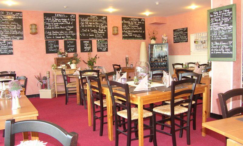 Restaurant Le Passiflore à Châteaubernard - 0
