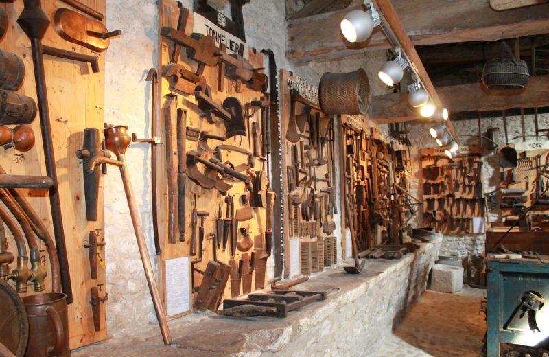 Musée des Arts et des Traditions à Salles-d'Angles - 1