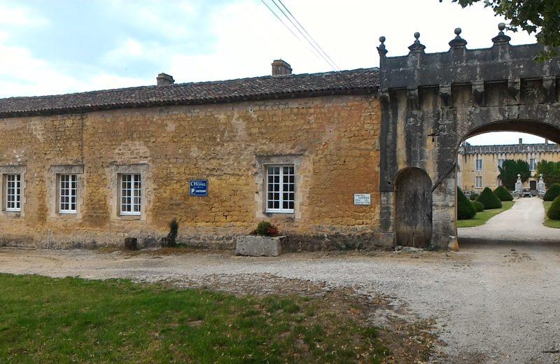 Meublé_jusqu'à 6pers – Gîte des Gardes 2 à Cherves-Richemont - 8