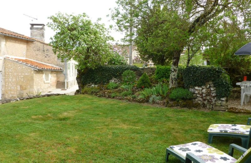 Meublé_jusqu'à 4pers – Gîte Brioux à Châteauneuf-sur-Charente - 14