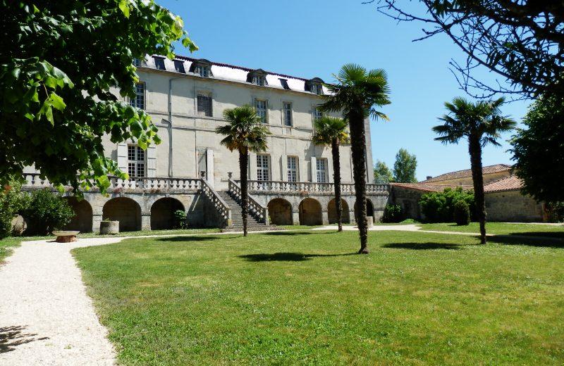 Abbaye de Bassac à Bassac - 4