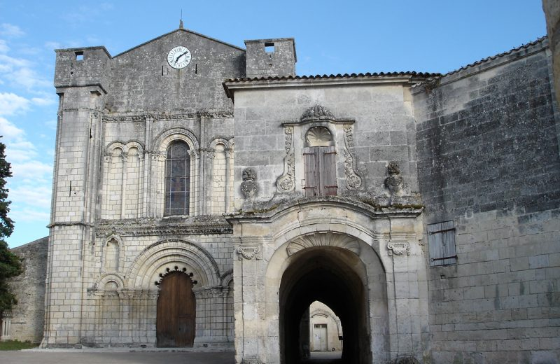 Abbaye de Bassac Visites à Bassac - 1