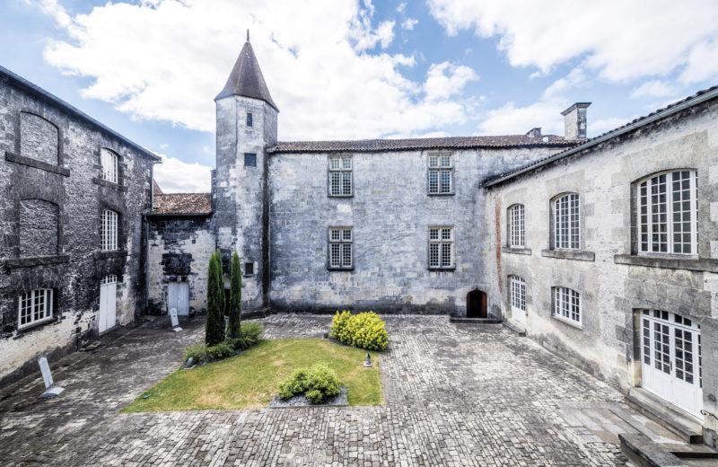 Château Royal de Cognac & D'Ussé à Cognac - 1