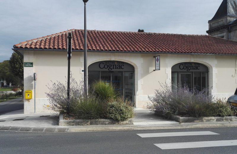 Bureau d'Information Touristique de Jarnac à Mainxe-Gondeville - 0