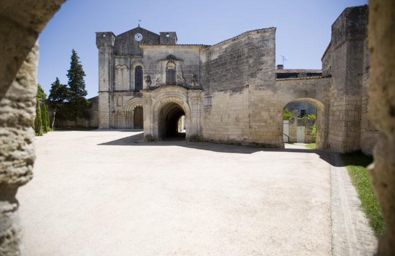 Bassac, Village de Pierres et de Vignes à Bassac - 0
