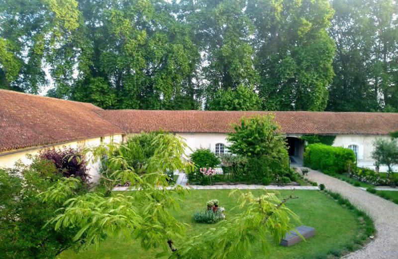 Chambres d'hôtes – Le Domaine des Platanes à Bourg-Charente - 21
