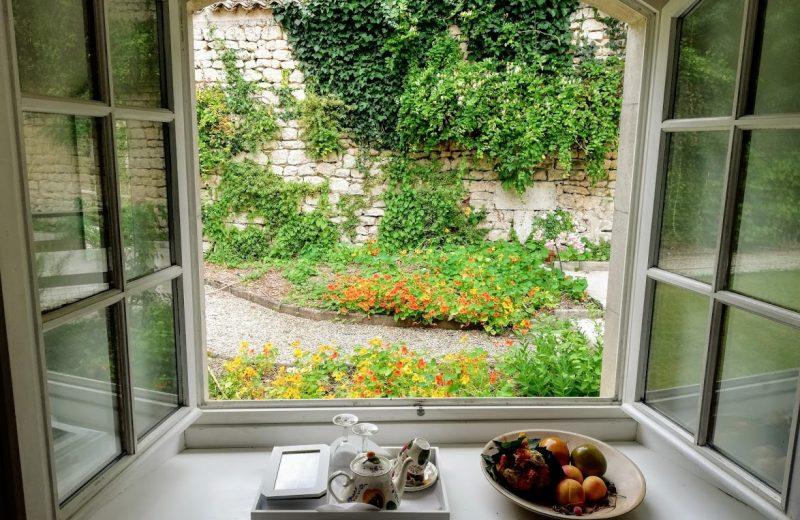 Chambres d'hôtes – Le Domaine des Platanes à Bourg-Charente - 23