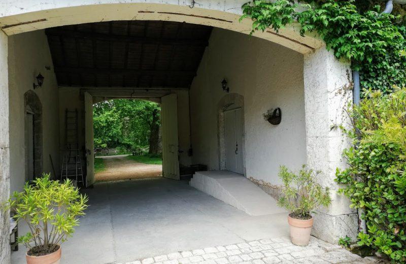 Chambres d'hôtes – Le Domaine des Platanes à Bourg-Charente - 24