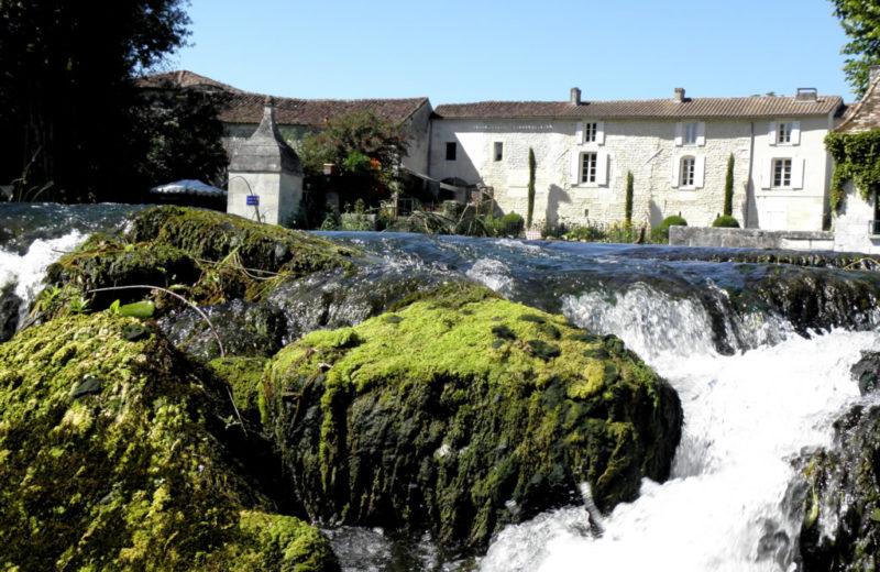 Chambres d'hôtes – La Cascade de Saintonge à Saint-Même-les-Carrières - 15