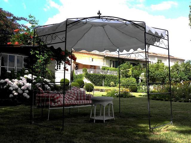 Chambres d'hôtes – La Cascade de Saintonge à Saint-Même-les-Carrières - 18