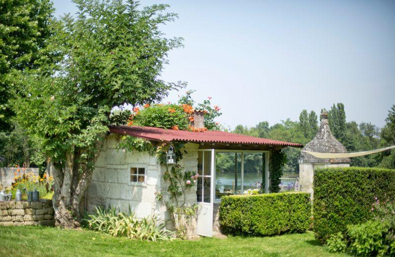Chambres d'hôtes – La Cascade de Saintonge à Saint-Même-les-Carrières - 22