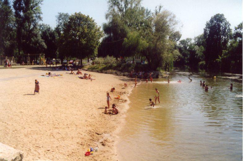 Bain des Dames à Châteauneuf-sur-Charente - 0