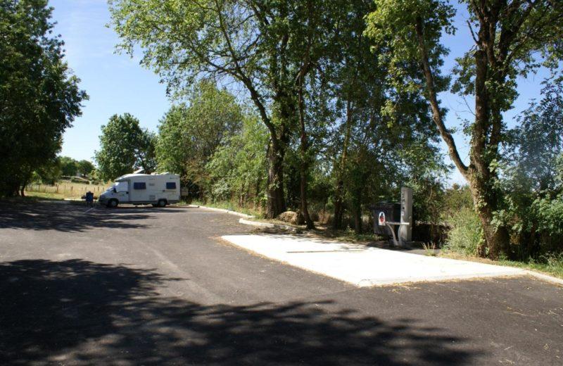 Aire de services camping-cars de Hiersac à Hiersac - 1