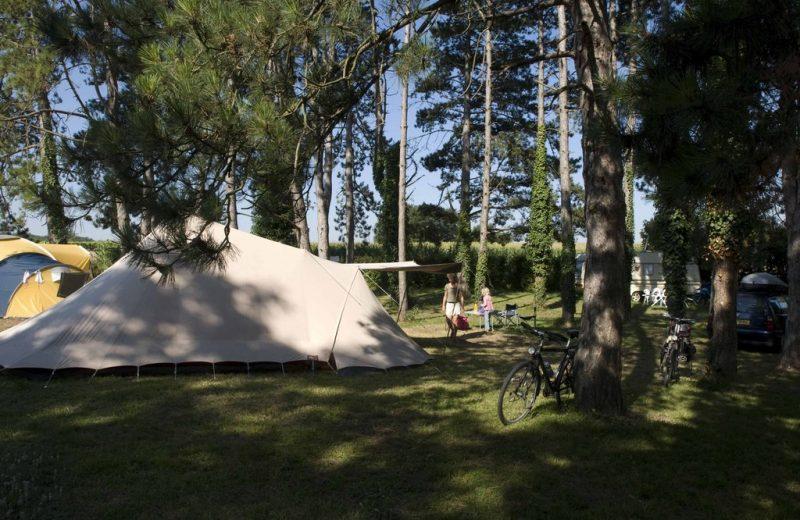 Camping du Pas des Biches à Celles - 0
