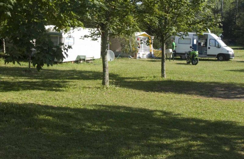 Camping du Pas des Biches à Celles - 1