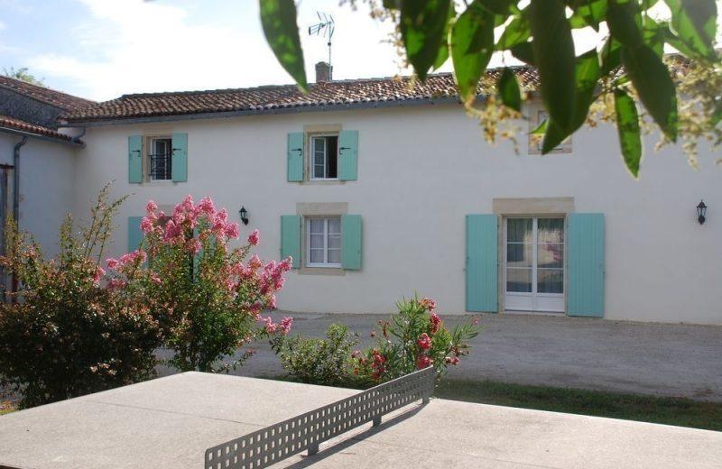 Meublé_jusqu'à 6pers – Gîtes de la Tacharderie – Côté vignes à Cherves-Richemont - 0