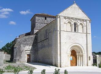 Dans-l-intimity-des-batisseurs-Eglise-d-Ambleville.JPG