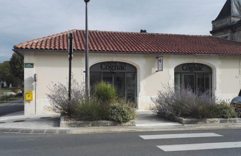 BUREAU D'INFORMATION TOURISTIQUE DE JARNAC à GONDEVILLE - 0